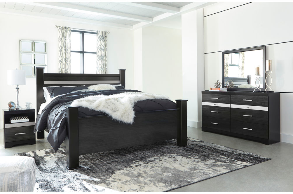 Signature Design by Ashley Starberry 6-Piece King Bedroom Set - Room View