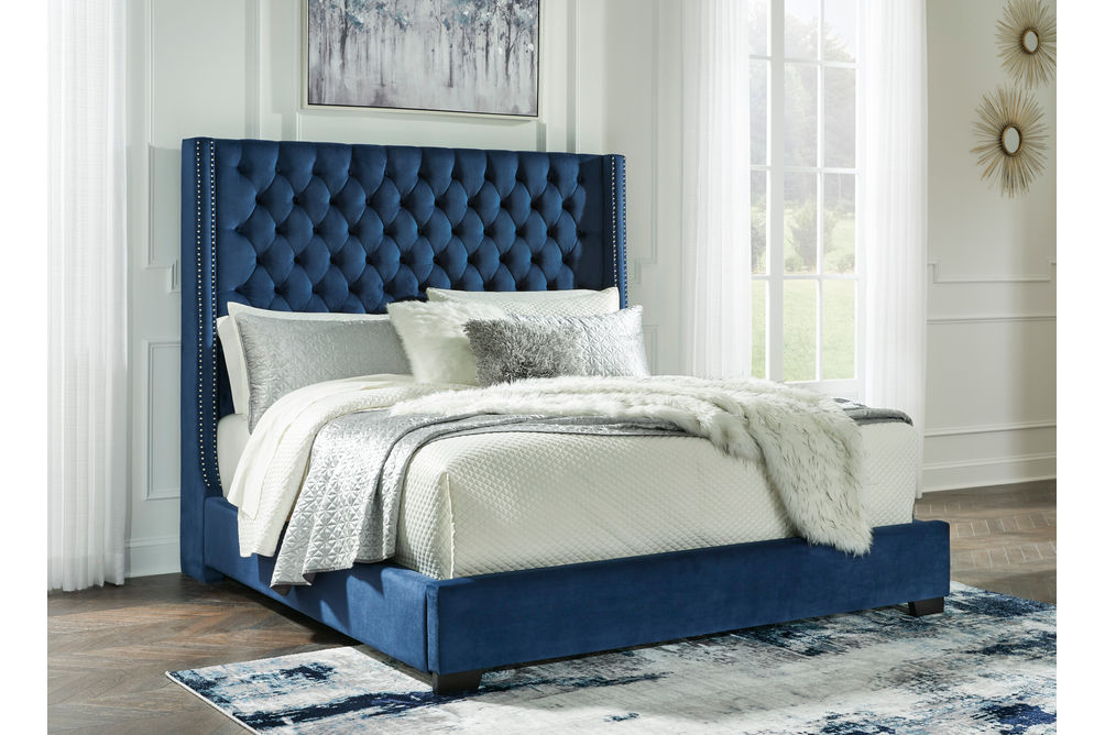 Signature Design by Ashley Coralayne Blue 5-Piece King Bedroom Set - King Bed