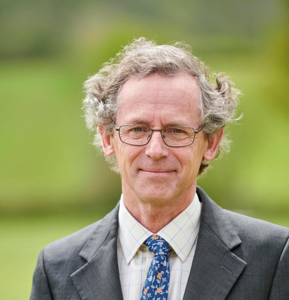 Bob Pearce MBE – Bursar and Clerk to the Governors