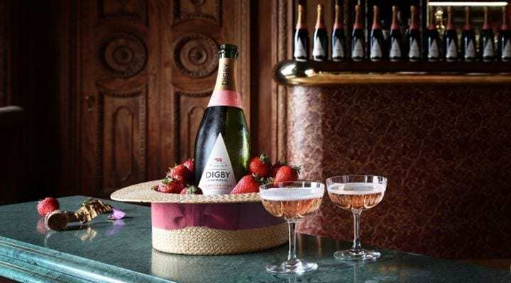 Enjoy the Summer Sporting Season with Digby English Sparkling Wine