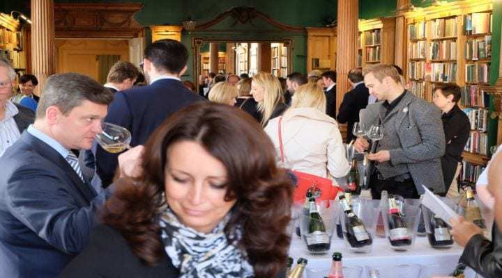 Glass of Bubbly Champagne & Sparkling Wine Tasting Spring 2016