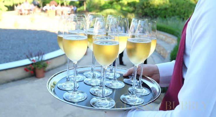 champagne_taittinger_glasses_on_tray