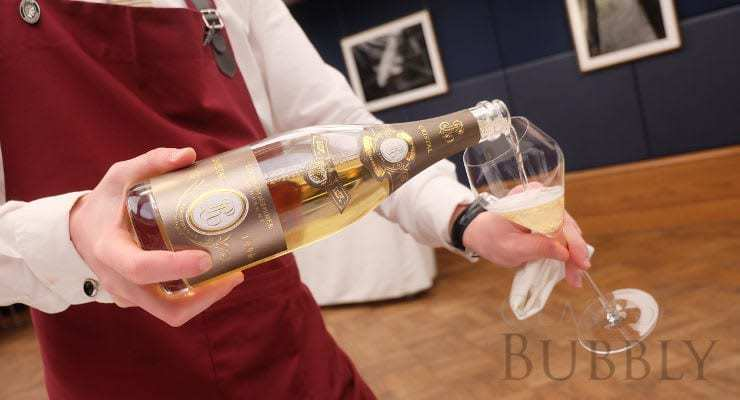 louis_roederer_cristal_pouring_2