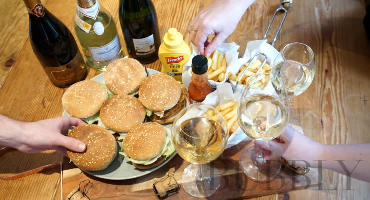 veggie_burgers_and_sparkling_wine_pairings