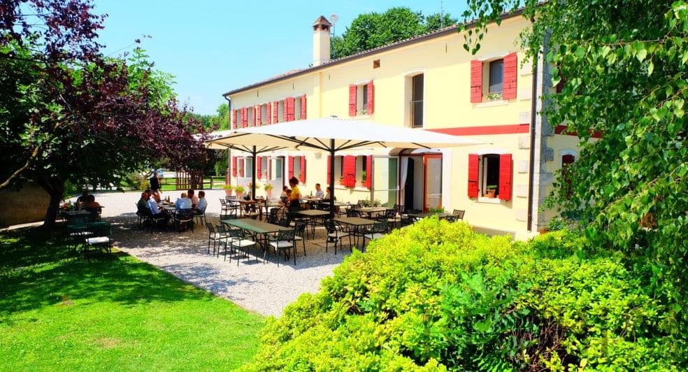 Borgoluce restaurant Osteria