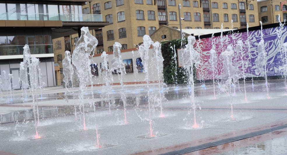 Water Features in Gauging Square London Dock