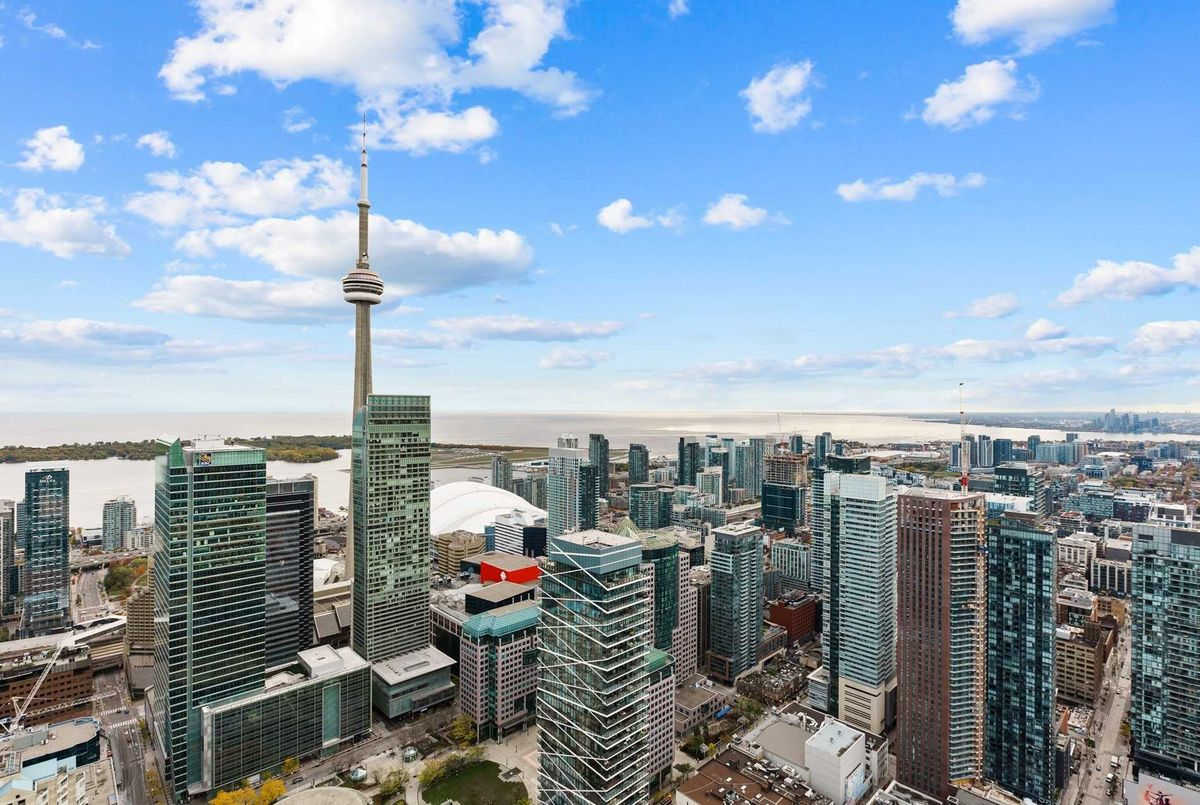 180 University Ave Toronto Team Asgarian