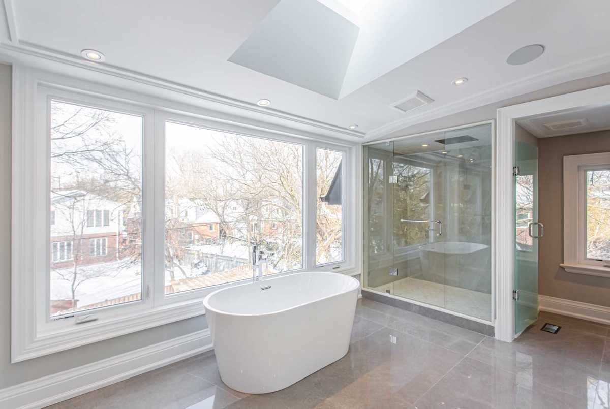 126 Anndale Dr Toronto Kevin Niroomand