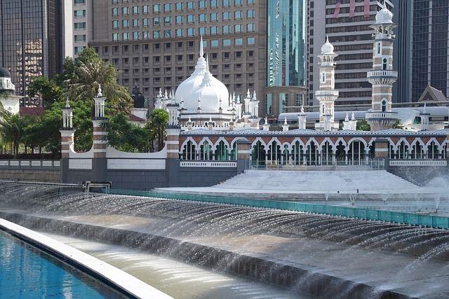 masjid-jamek-mosque-2724140_640