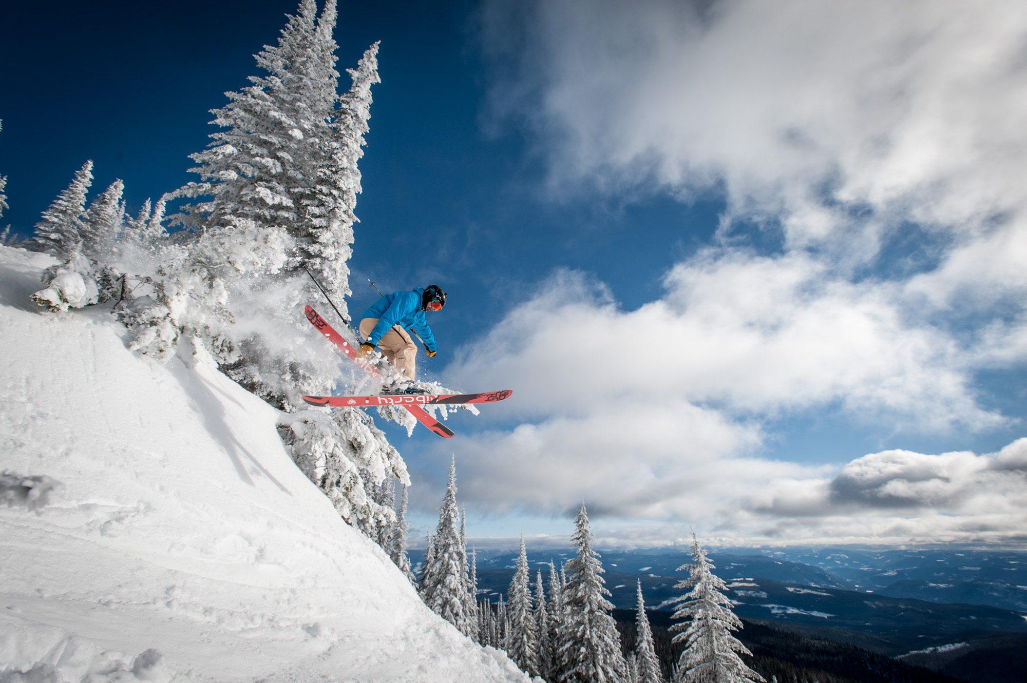 Skiing at SilverStar Mountain Resort
