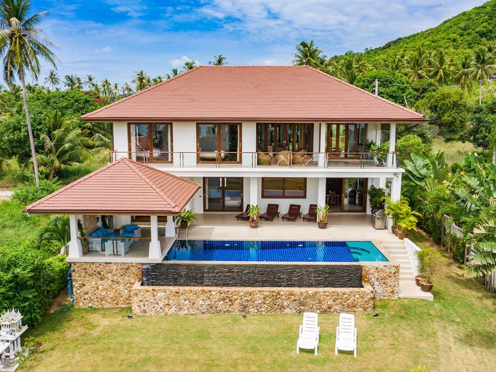 Peerapat Villa Photo 1