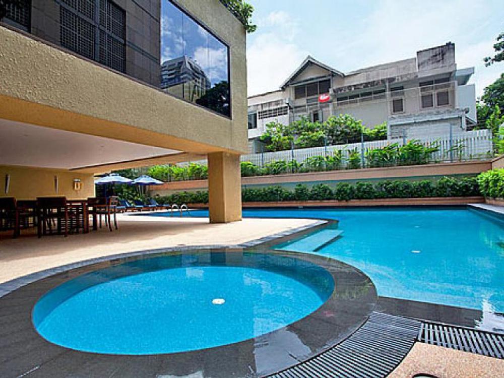 Sala Daeng Designer Suite Photo 1