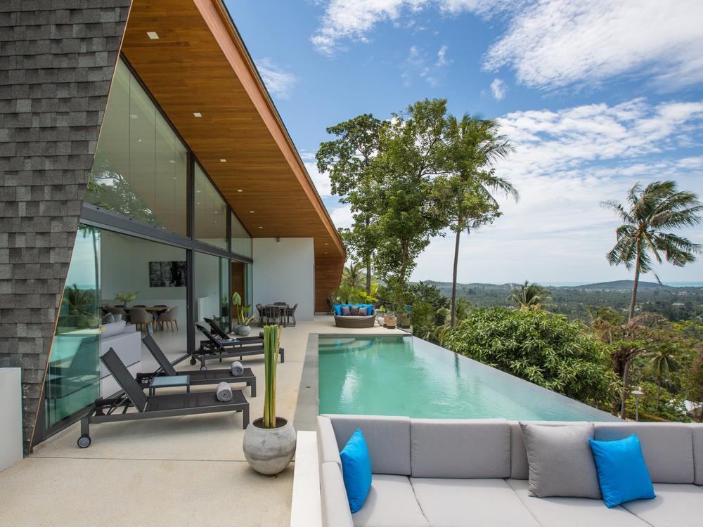 Villa Azure Waters Photo 1