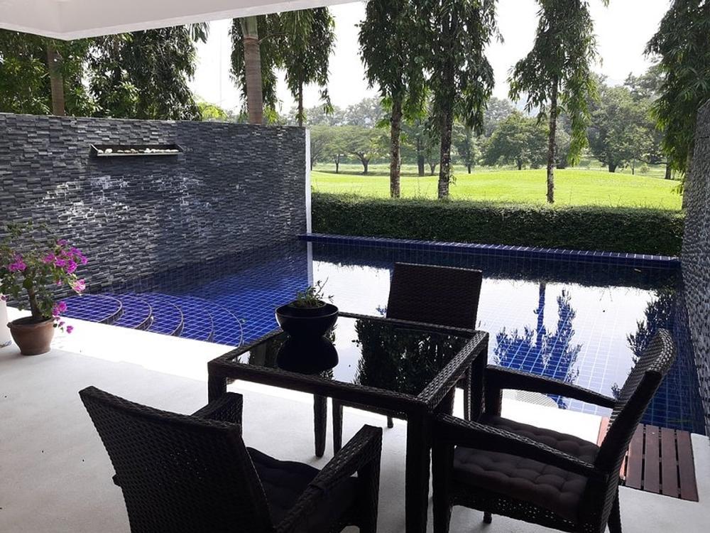 Country Club Pool Villa 5 Photo 1