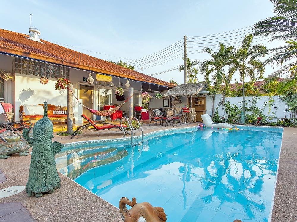 Summer Palms Villa Photo 1