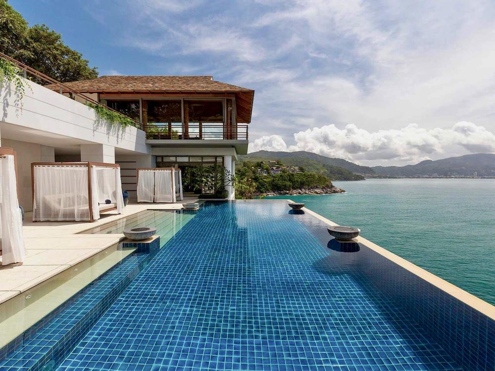 Villa Chelay Photo 1