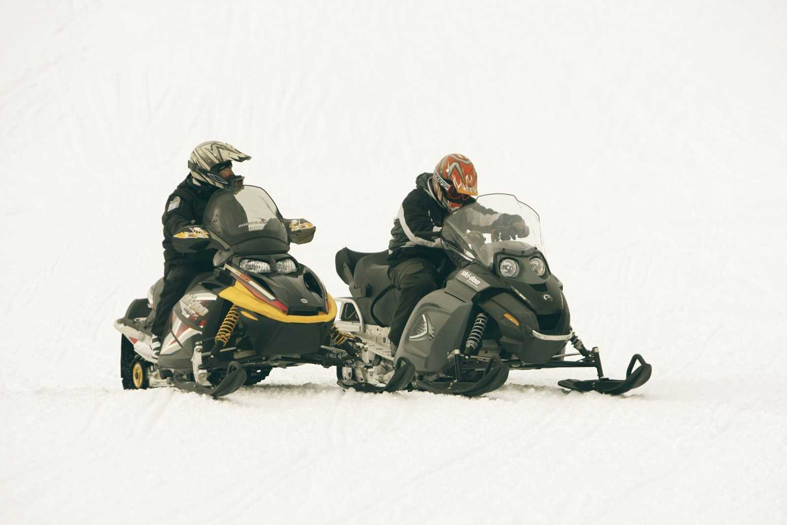Snowmobiling in Whistler - Snowmobilers