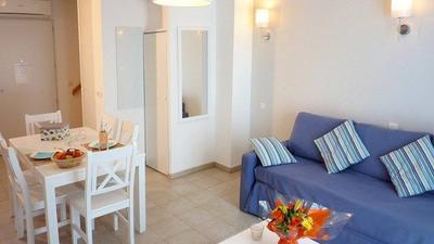 Escapade 3/4p (1 Bedroom for 4 + balcony) photo 0