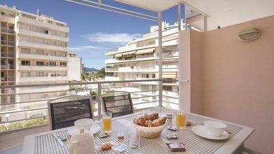 Escapade Terrace 4p (1 Bedroom Apartment for 4 with Balcony) photo 0