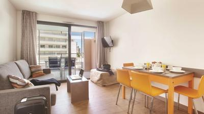1 Bedroom Apartment for 4 with Balcony photo 0