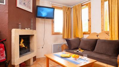 4 Bedroom Chalet for 10 photo 0