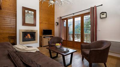 4 Bedroom Chalet for 12 photo 0