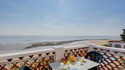 1 Bedroom for 5 - Sea View photo 0