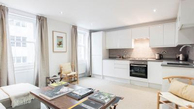 Luxury 3-bed Duplex Apartment in Fitzrovia near Oxford Street photo 0