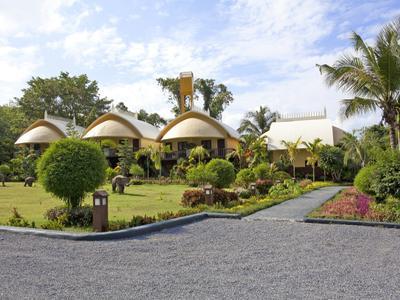 Krabi Beachfront Resort Deluxe Photo 2