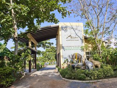 Krabi Beachfront Resort Family Photo 5