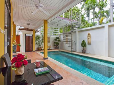 Sunny Villa Photo 5