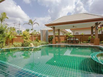 Thammachat Victoria Villa Photo 4
