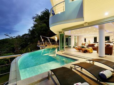Villa Beyond Photo 3