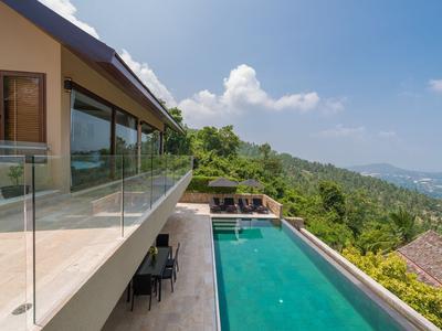 Villa Enam Photo 4