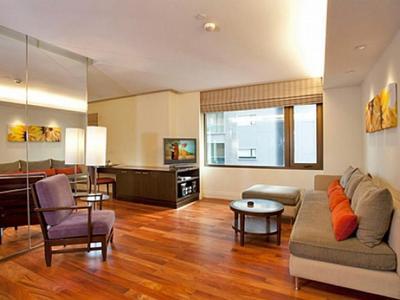 Sala Daeng Deluxe Suite 605 Photo 5