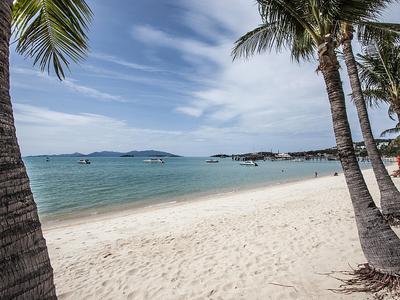 Bangrak Beachfront Villa Photo 3