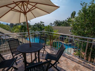 Phoenix Luxury Resort Photo 4