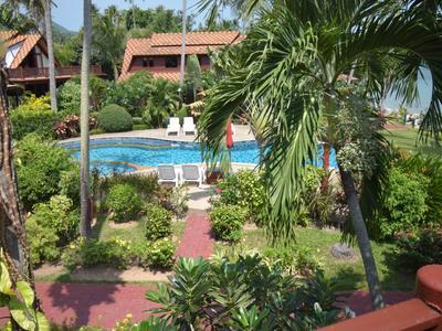 Coconut Paradise Pool Villa P3 Photo 4
