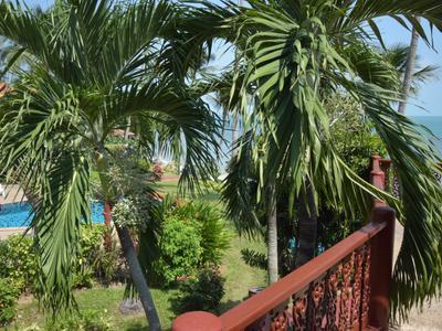 Coconut Paradise Pool Villa P3 Photo 5