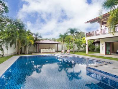 Serenity Exclusive Villa Photo 3