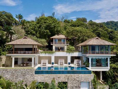 Villa Chelay Photo 3