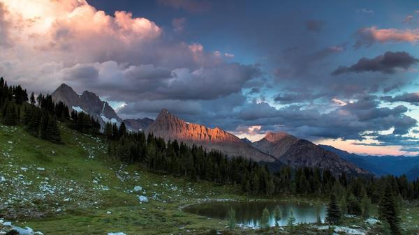 Jumbo Pass - Destination BC/Dave Heath
