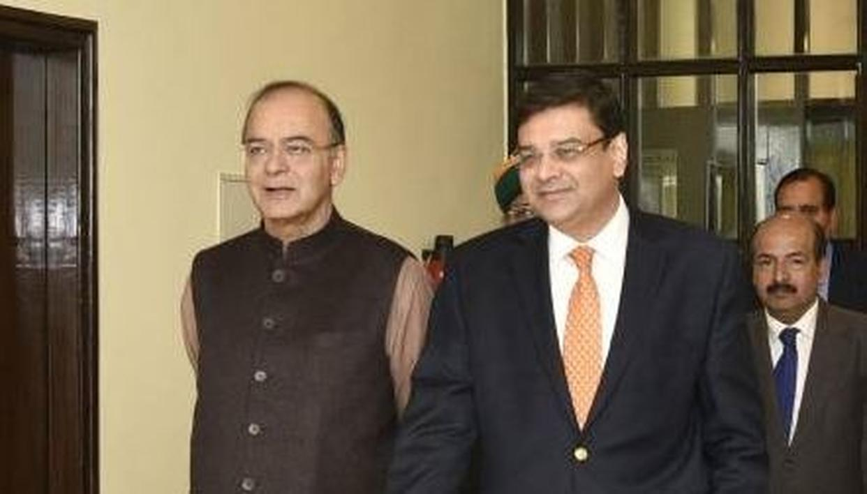 Finance Minister Arun Jaitley and RBI Governor Urjit Patel (Getty Images)