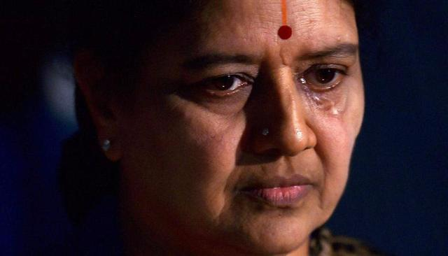 WATCH | Privileges accorded to Sasikala