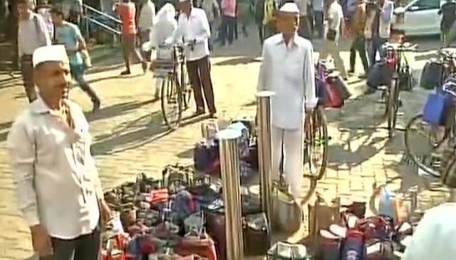 WATCH: Mumbai's dabbawalas celebrate #SpiritOfIndia