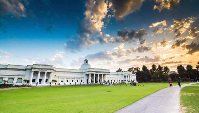It's offers galore at IIT Roorkee
