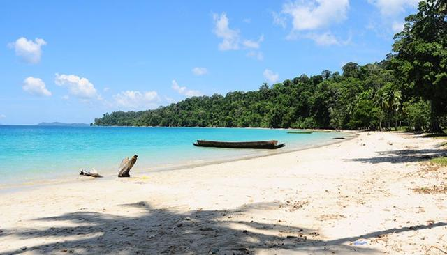 A SECRET ISLAND IN THE ANDAMANS