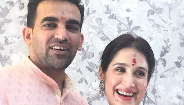 ZAHEER KHAN AND SAGARIKA GHATGE ARE OFFICIALLY HITCHED