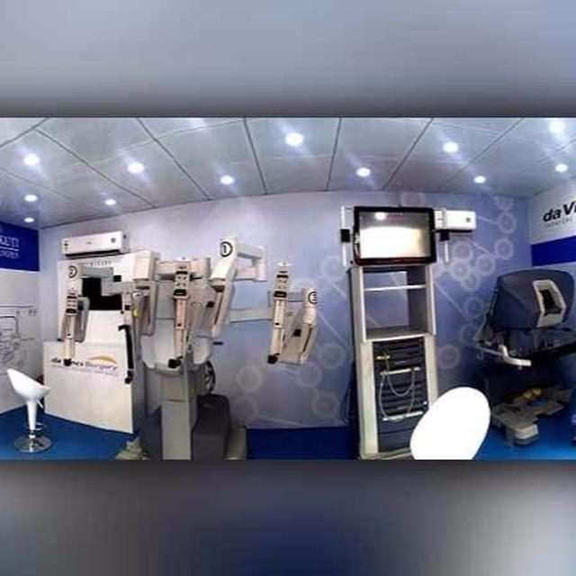 A da Vinci robot to visit India to introduce surgeons to minimally invasive surgery for cancer relief