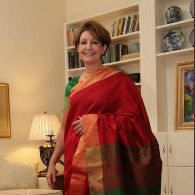US Ambassador to India makes her Kanjeevaram debut